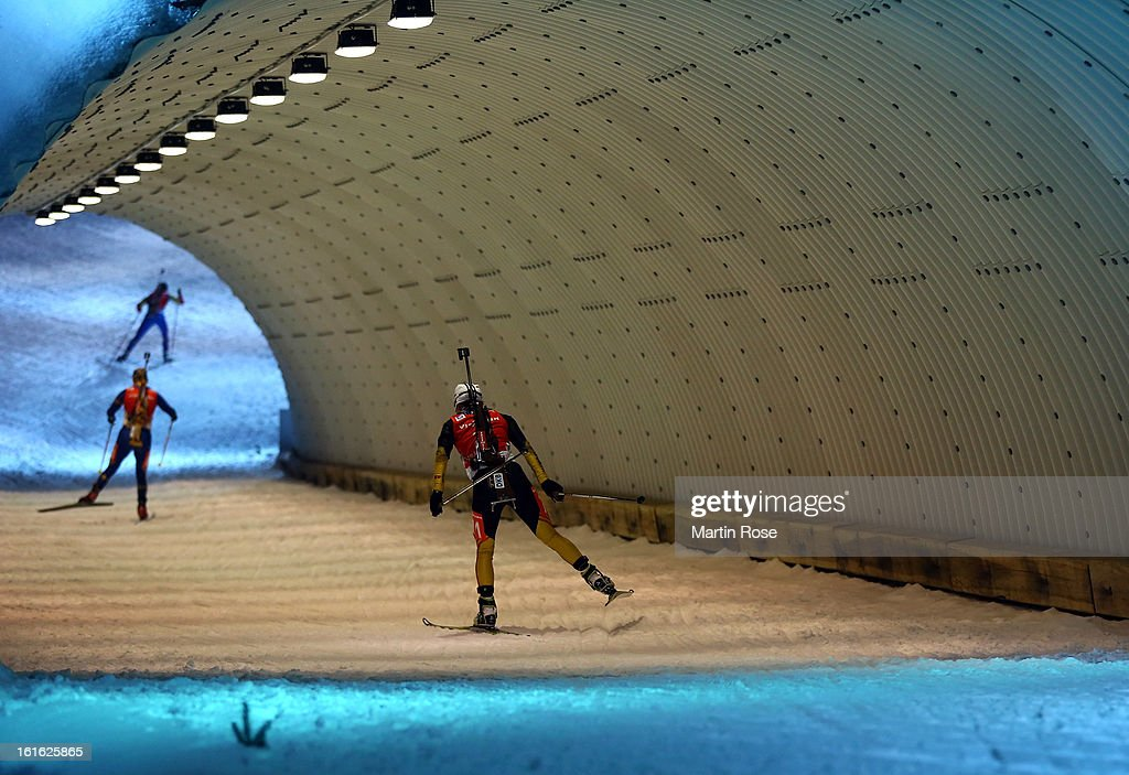 Andrea Henkel (front) of Germany competes in the Women's 15km Individual during the IBU Biathlon World Championships at Vysocina Arena on February 13, 2013 in Nove Mesto na Morave, Czech Republic.
