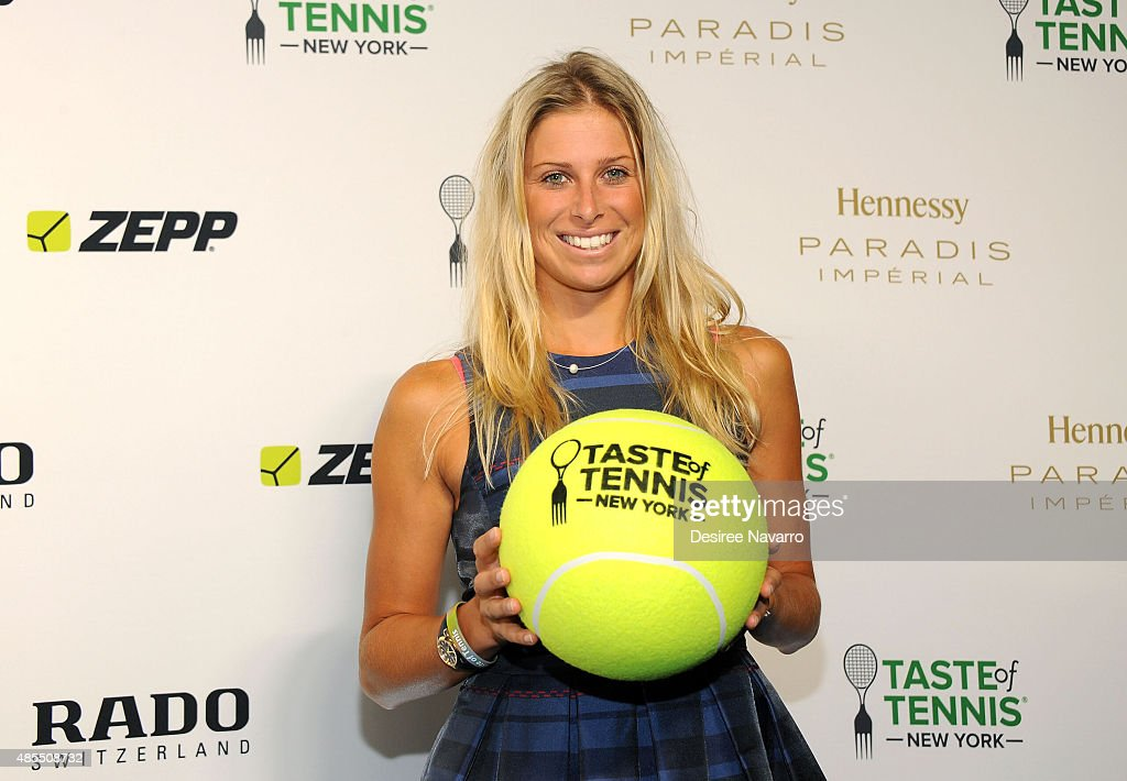 <a gi-track='captionPersonalityLinkClicked' href=/galleries/search?phrase=Andrea+Hlavackova&family=editorial&specificpeople=3378910 ng-click='$event.stopPropagation()'>Andrea Hlavackova</a> attends 2015 Taste of Tennis New York at W New York Hotel on August 27, 2015 in New York City.