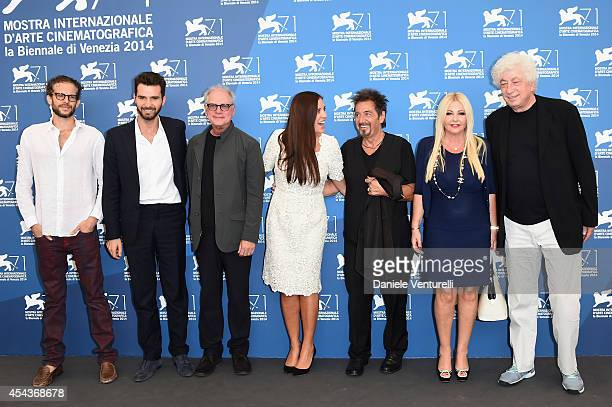 Andrea Iervolino Barry Levinson Gisella Marengo Al Pacino Monika Bacardi and Avi Lerner attend the 'The Humbling' photocall during the 71st Venice...
