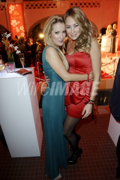 And Attends Alessandra The Kaiser Barbara Andrea On Pocher Tag 2011 NPm8nyv0wO
