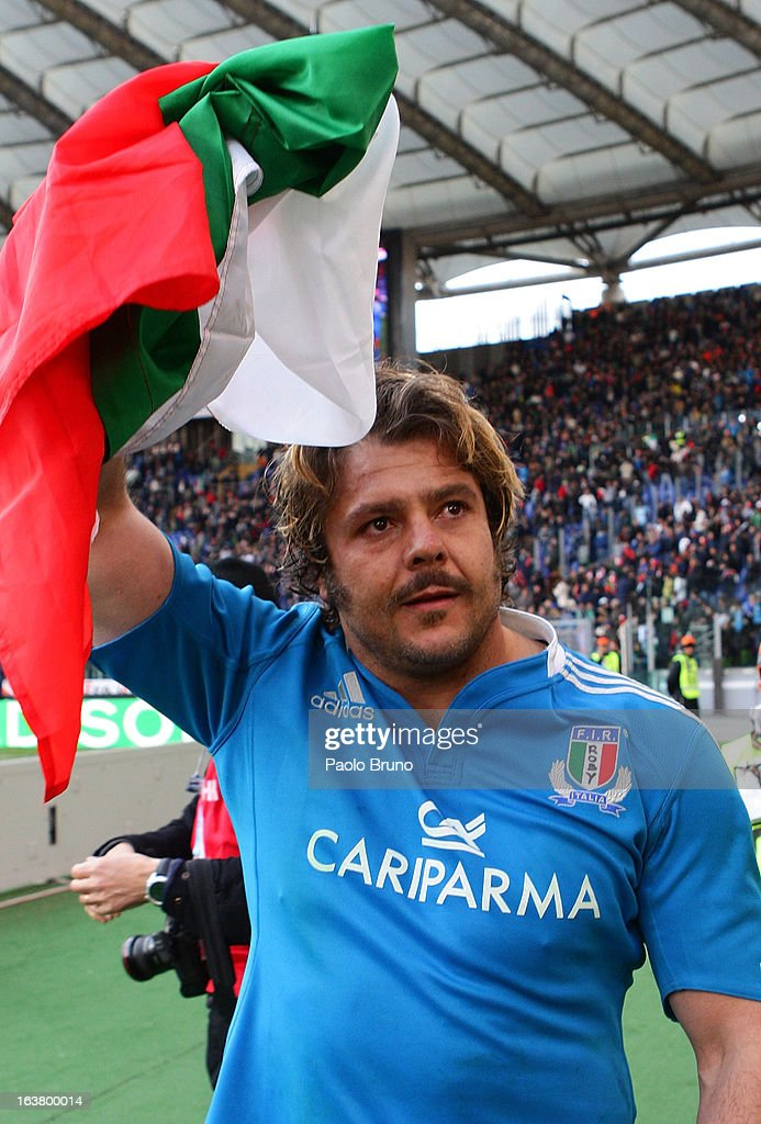 Andrea Lo Cicero of Italy acknowledges fans after playing his last match at the close of the RBS Six Nations match between Italy and Ireland at Stadio Olimpico on March 16, 2013 in Rome, Italy.
