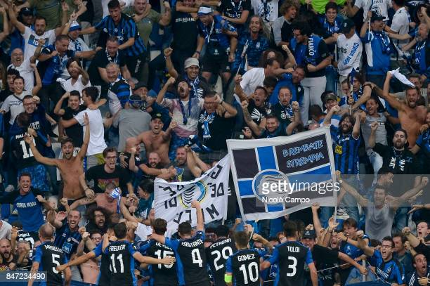 Andrea Masiello of Atalanta BC celebrates with his teammates after scoring a goal during the UEFA Europa League group E football match between...
