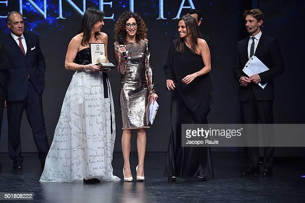 Andrea Monti Flavia Pennetta Teresa Mannino Roberta Vinci Giorgio Pasotti attend the 'Gazzetta Awards' on December 17 2015 in Milan Italy