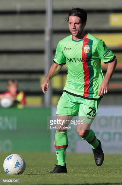 Andrea Paolucci of Ternana Calcio in action during the Serie B match between US Cremonese and Ternana Calcio at Stadio Giovanni Zini on October 8...