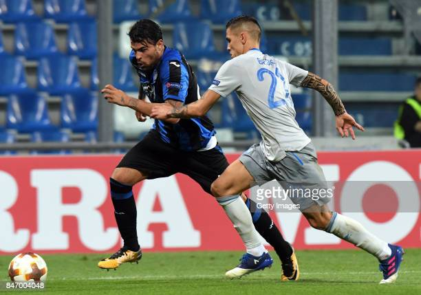 Andrea Petagna of Atalanta competes for the ball whit Muhamed Beic of Everton Fc during the UEFA Europa League group E match between Atalanta and...