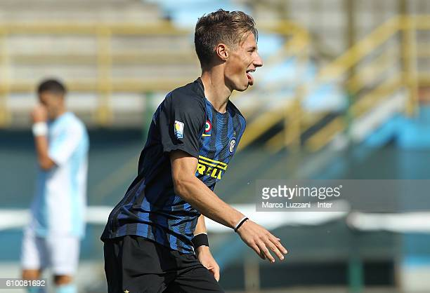Andrea Pinamonti of FC Internazionale Milano celebrates after scoring the opening goal during the Primavera Tim juvenile match between FC...
