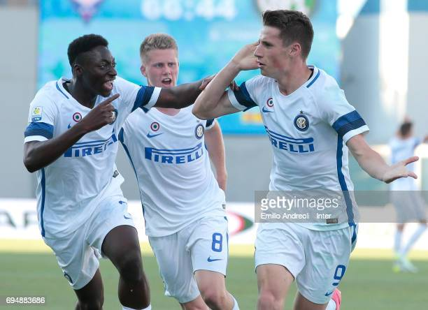 Andrea Pinamonti of FC Internazionale Milano celebrates his goal with his teammate Axel Mohamed Bakayoko during the Primavera TIM Playoffs match...