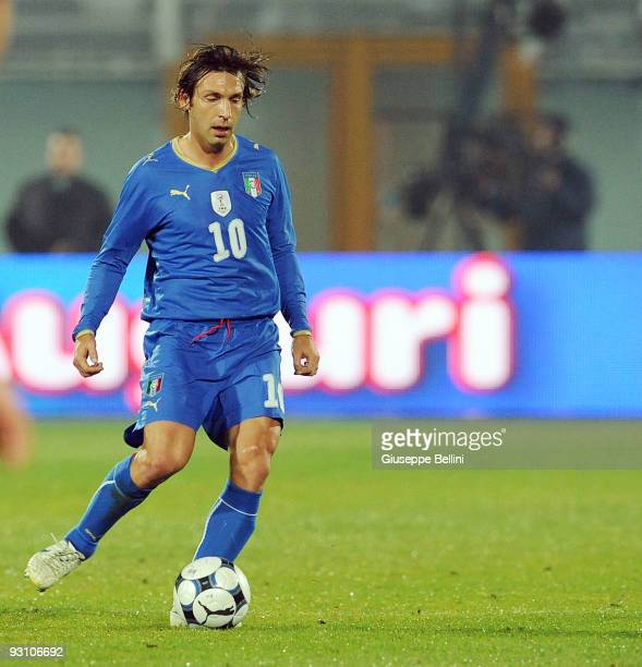 Andrea Pirlo of Italy in action during the International Friendly Match between Italy and Holland at Adriatico Stadium on November 14 2009 in Pescara...