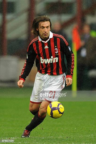 Andrea Pirlo of Milan in action during the Serie A match between Milan and Atalanta at Stadio Giuseppe Meazza on February 28 2010 in Milan Italy