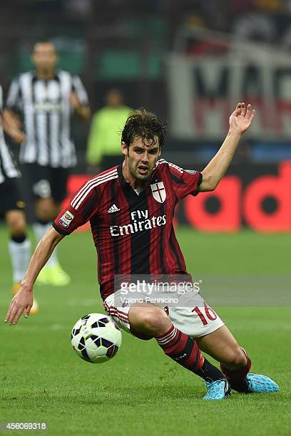Andrea Poli of AC Milan in action during the Serie A match between AC Milan and Juventus FC at Stadio Giuseppe Meazza on September 20 2014 in Milan...