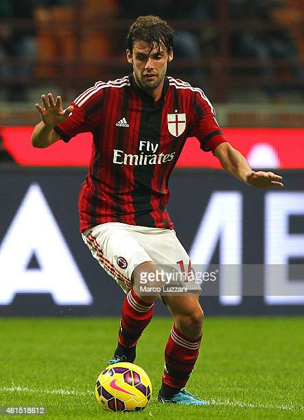 Andrea Poli of AC Milan in action during the TIM Cup match between AC Milan and US Sassuolo Calcio at Stadio Giuseppe Meazza on January 13 2015 in...