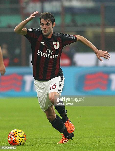 Andrea Poli of AC Milan in action during the TIM Cup match between AC Milan and FC Crotone at Stadio Giuseppe Meazza on December 1 2015 in Milan Italy