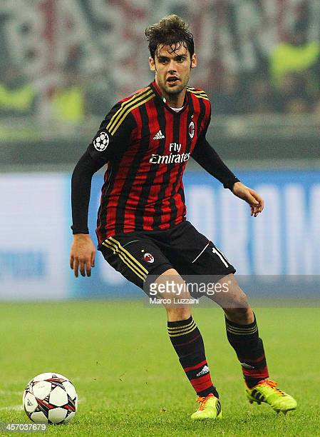 Andrea Poli of AC Milan in action during the UEFA Champions League Group H match between AC Milan and Ajax Amsterdam at Stadio Giuseppe Meazza on...