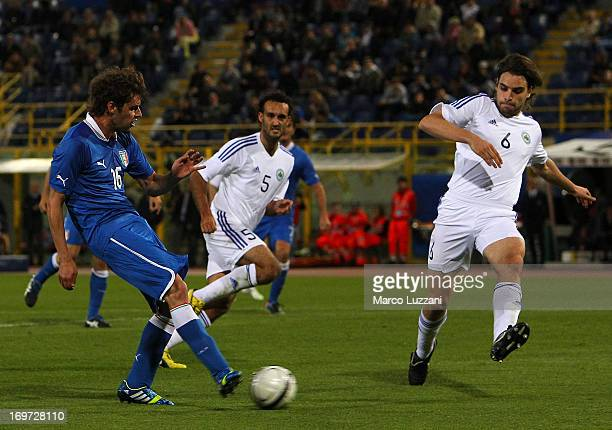 Andrea Poli of Italy scores the opening goal during the international friendly match between Italy and San Marino at Stadio Renato Dall'Ara on May 31...
