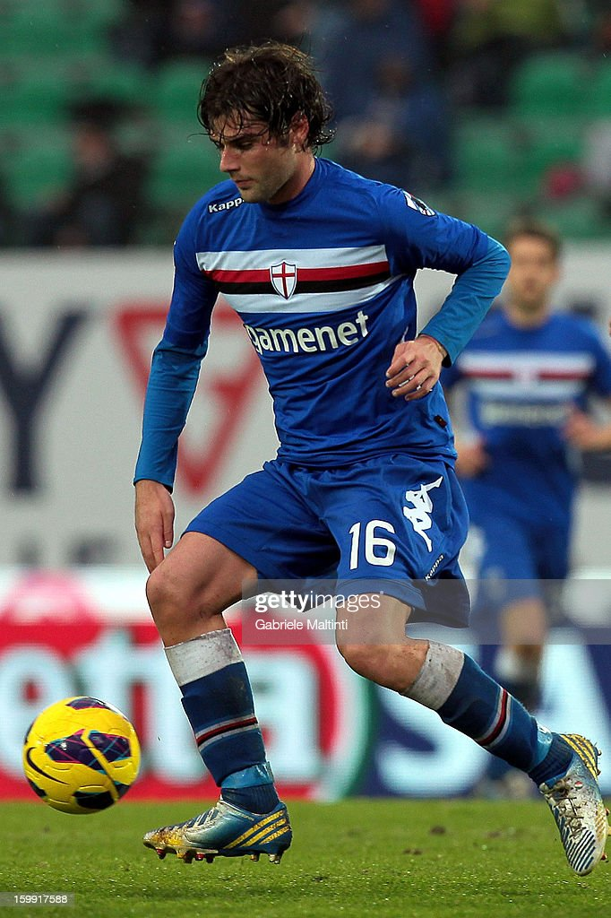 <a gi-track='captionPersonalityLinkClicked' href=/galleries/search?phrase=Andrea+Poli&family=editorial&specificpeople=4520865 ng-click='$event.stopPropagation()'>Andrea Poli</a> of UC Sampdoria in action during the Serie A match between AC Siena and UC Sampdoria at Stadio Artemio Franchi on January 20, 2013 in Siena, Italy.