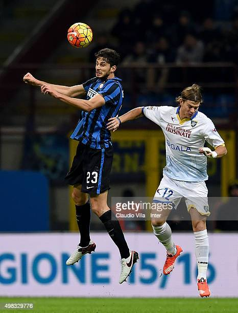 Andrea Ranocchia of FC Internazionale and Samuele Longo of Frosinone Calcio compete for the ball during the Serie A match between FC Internazionale...