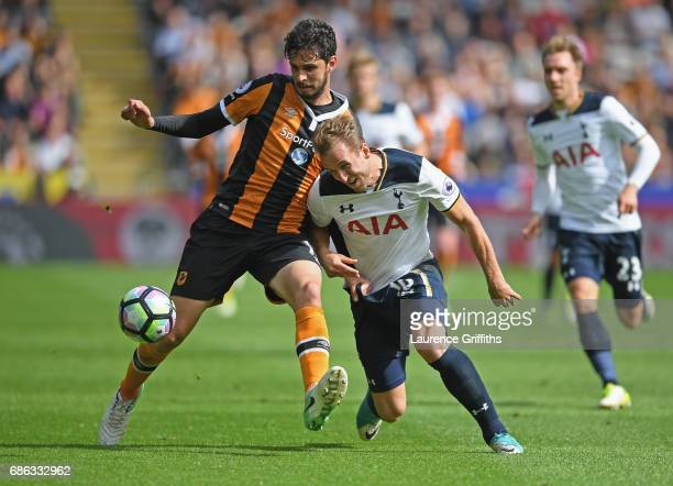 Andrea Ranocchia of Hull City and Harry Kane of Tottenham Hotspur battle for the ball during the Premier League match between Hull City and Tottenham...