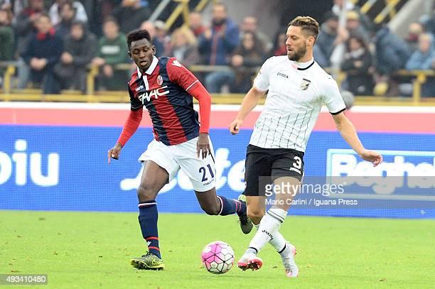 Andrea Rispoli of US Città di Palermo in action during the Serie A match between Bologna FC and US Citta di Palermo at Stadio Renato Dall'Ara on...