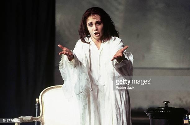 Andrea Rost in La Traviata