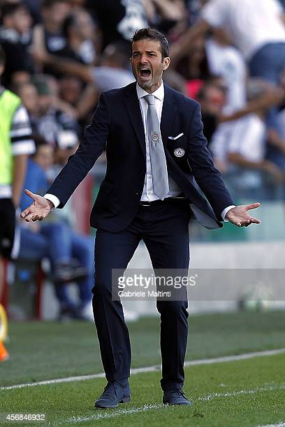 Andrea Stramaccioni head coach of Udinese Calcio gestures during the Serie A match between Udinese Calcio and AC Cesena at Stadio Friuli on October 5...