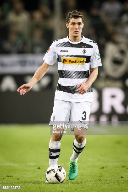 Andreas Christensen of Moenchengladbach controls the ball during the Bundesliga match between Borussia Moenchengladbach and Hertha BSC at...