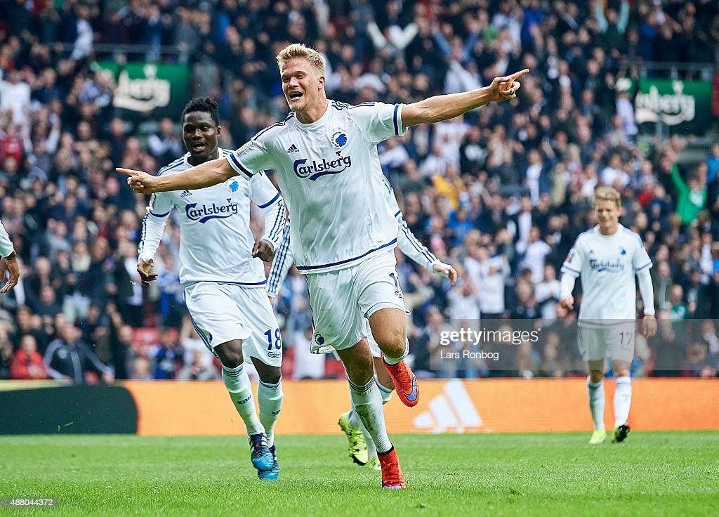 <a gi-track='captionPersonalityLinkClicked' href=/galleries/search?phrase=Andreas+Cornelius&family=editorial&specificpeople=8617821 ng-click='$event.stopPropagation()'>Andreas Cornelius</a> of FC Copenhagen celebrates after scoring their first goal during the Danish Alka Superliga match between FC Copenhagen and AaB Aalborg at Telia Parken Stadium on September 13, 2015 in Copenhagen, Denmark.