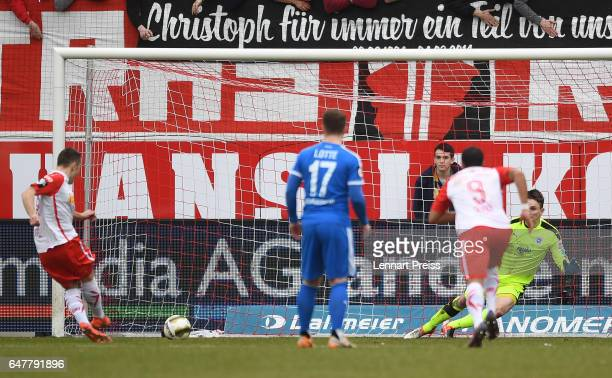 Andreas Geipl of Jahn Regensburg scores his side's first goal with a penalty during the 3 Liga match between Jahn Regensburg and Sportfreunde Lotte...
