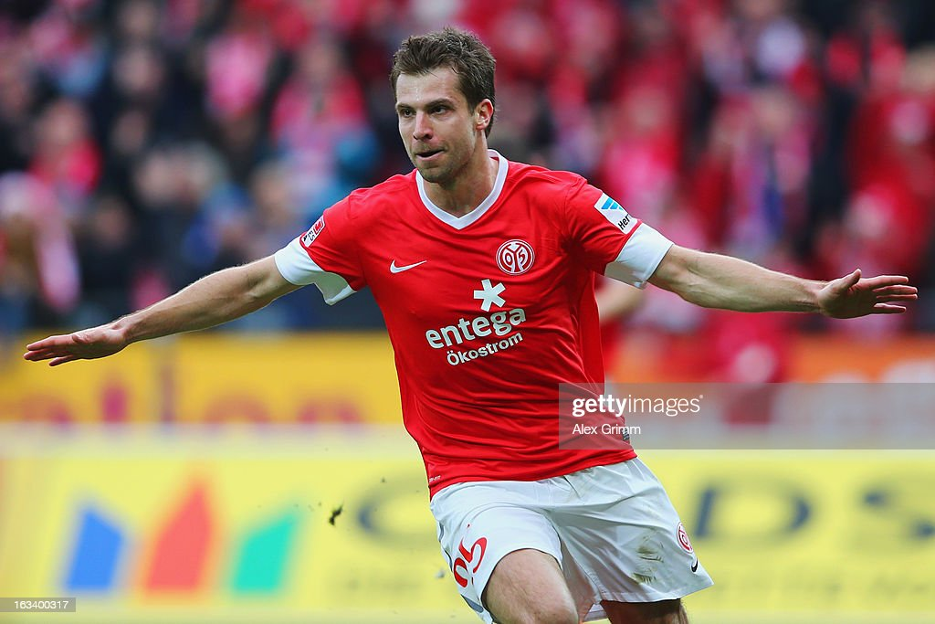 <a gi-track='captionPersonalityLinkClicked' href=/galleries/search?phrase=Andreas+Ivanschitz&family=editorial&specificpeople=2140350 ng-click='$event.stopPropagation()'>Andreas Ivanschitz</a> of Mainz celebrates his team's first goal during the Bundesliga match between 1. FSV Mainz 05 and Bayer 04 Leverkusen at Coface Arena on March 9, 2013 in Mainz, Germany.
