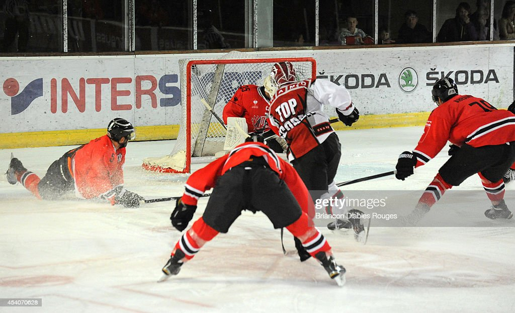 Andreas Johnsson of Frolunda Gothenburg scores a goal during the Champions Hockey League group stage game between Briancon Diables Rouges and Frolunda Gothenburg on August 23, 2014 in Briancon, France.