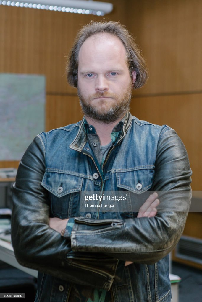 Andreas Leopold Schadt poses during the 'Tatort - 'Ich toete niemand' on set photocall at Quellegebaeude on October 6, 2017 in Nuremberg, Germany.