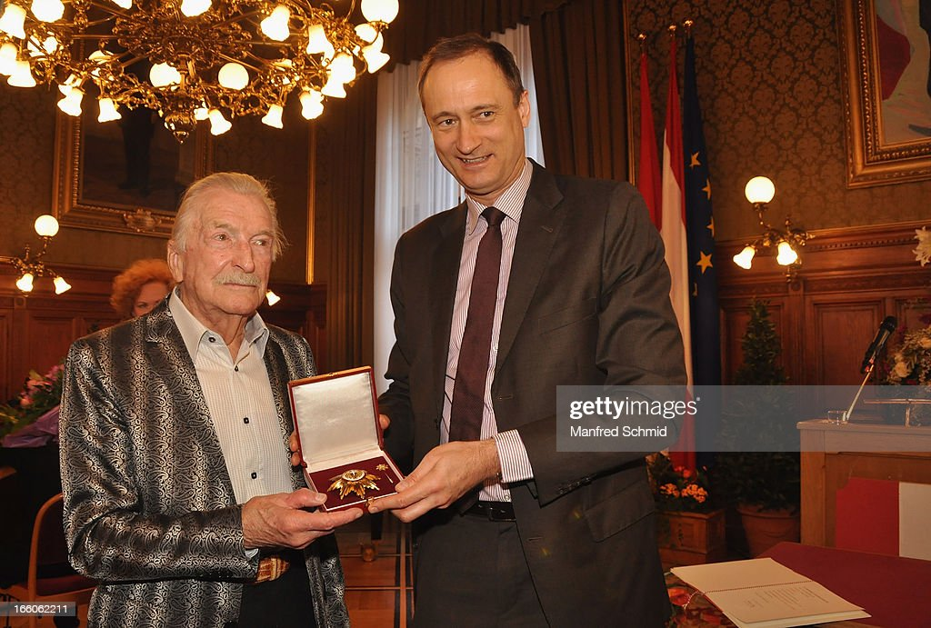 Andreas Mailath-Pokorny and James Last at the podium while accepting his 'Goldenes Ehrenzeichen fuer Verdienste um das Land Wien' given in the Rathaus Wien on April 8, 2013 in Vienna, Austria.