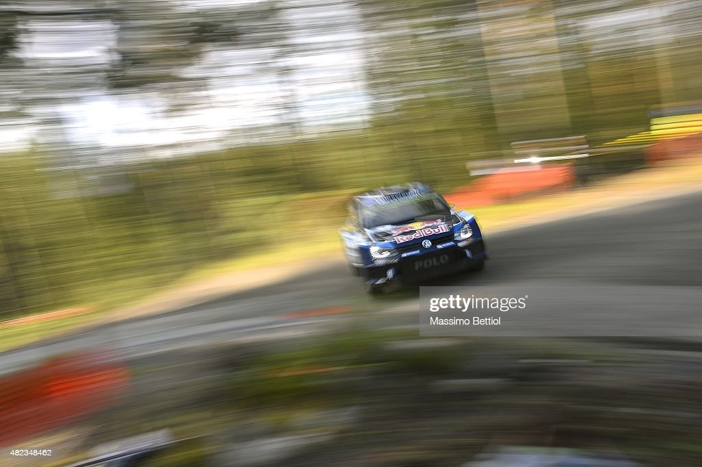 <a gi-track='captionPersonalityLinkClicked' href=/galleries/search?phrase=Andreas+Mikkelsen&family=editorial&specificpeople=4055844 ng-click='$event.stopPropagation()'>Andreas Mikkelsen</a> of Norway and Ola Floene of Norway compete in their Volkswagen Motorsport II Volkswagen Polo R WRC during the Shakedown of the WRC Finland on July 30, 2015 in Jyvaskyla, Finland.