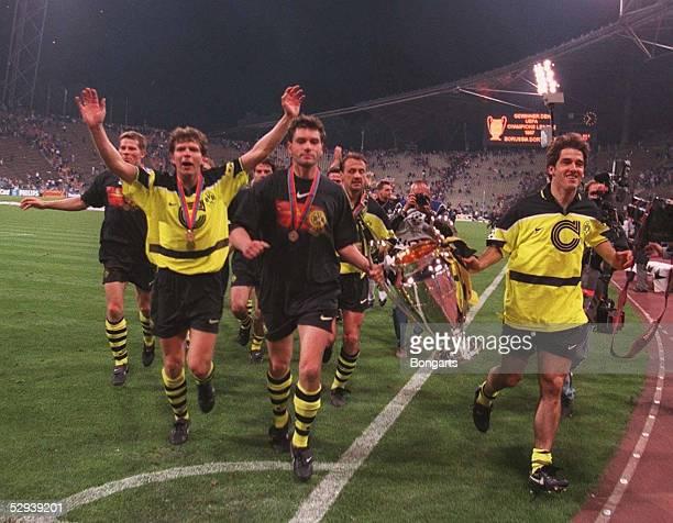 Fussball Champions League Dortmund Turin 29597 Andreas MOELLER Michael ZORC Juergen KOHLER KarlHeinz RIEDLE