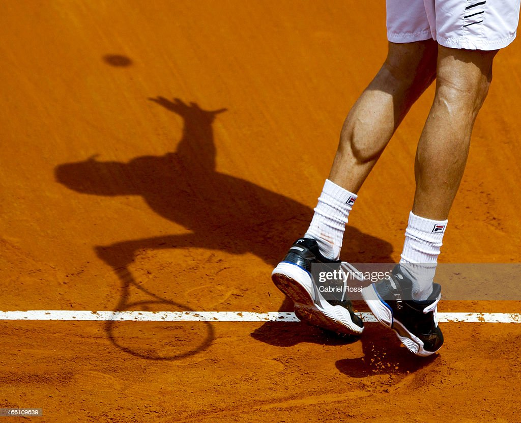 Andreas Seppi of Italy makes a shot during a match between Argentina and Italy as part of the Davis Cup at Patinodromo Stadium on January 31, 2014 in Mar del Plata, Argentina.