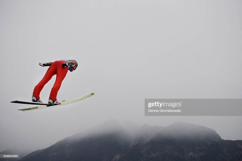 <a gi-track='captionPersonalityLinkClicked' href=/galleries/search?phrase=Andreas+Stjernen&family=editorial&specificpeople=6693989 ng-click='$event.stopPropagation()'>Andreas Stjernen</a> of Norway soars through the air during his qualification jump on Day 1 of the 64th Four Hills Tournament ski jumping event on December 31, 2015 in Garmisch-Partenkirchen, Germany.