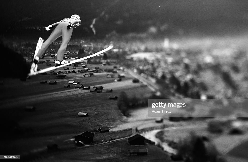 <a gi-track='captionPersonalityLinkClicked' href=/galleries/search?phrase=Andreas+Stjernen&family=editorial&specificpeople=6693989 ng-click='$event.stopPropagation()'>Andreas Stjernen</a> of Norway soars through the air during his practice jump on Day 1 of the 64th Four Hills tounament on December 31, 2015 in Garmisch-Partenkirchen, Germany.