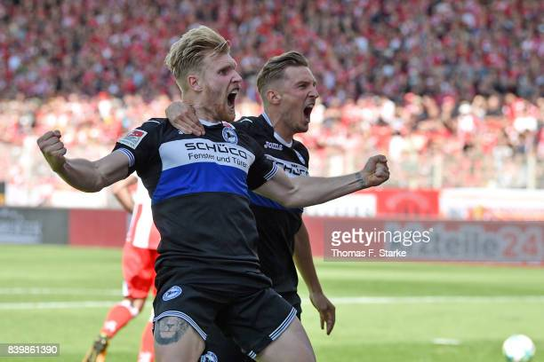 Andreas Voglsammer and Konstantin Kerschbaumer of Bielefeld celebrate during the Second Bundesliga match between 1 FC Union Berlin and DSC Arminia...