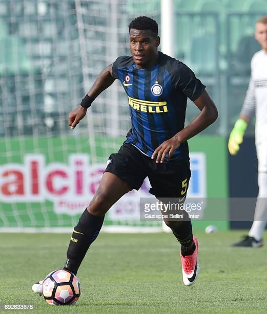 Andreaw Rayan Gravillon of FC Internazionale in action during the Primavera TIM Playoffs match between FC Internazionale and AC Chievo Verona on June...