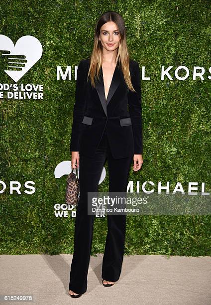 Andreea Diaconu attends the God's Love We Deliver Golden Heart Awards on October 17 2016 in New York City