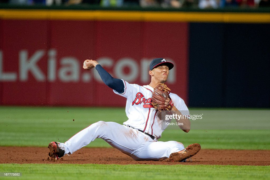 <a gi-track='captionPersonalityLinkClicked' href=/galleries/search?phrase=Andrelton+Simmons&family=editorial&specificpeople=8978424 ng-click='$event.stopPropagation()'>Andrelton Simmons</a> #19 of the Atlanta Braves makes a throw to first against the Washington Nationals during the ninth inning at Turner Field on April 29, 2013 in Atlanta, Georgia. The Braves defeated the Nationals 3-2.