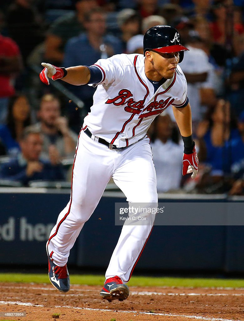 Andrelton Simmons #19 of the Atlanta Braves reacts after hitting a walk-off RBI single in the ninth inning against the Toronto Blue Jays at Turner Field on September 15, 2015 in Atlanta, Georgia.
