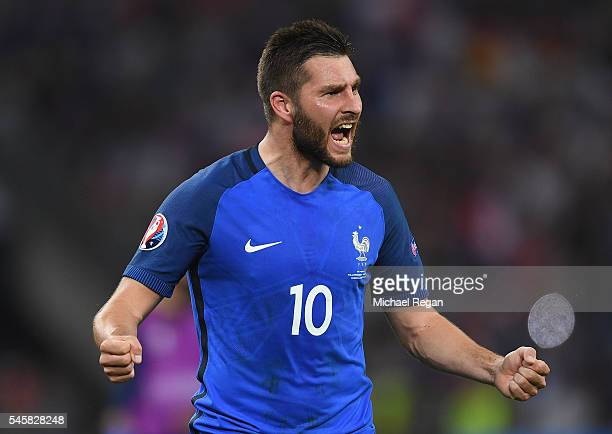 AndrePierre Gignac of France celebrates after the UEFA EURO semi final match between Germany and France at Stade Velodrome on July 7 2016 in...