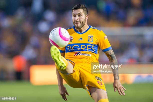 AndrePierre Gignac of Tigres controls the ball during the 14th round match between Tigres UANL and Toluca as part of the Torneo Apertura 2017 Liga MX...
