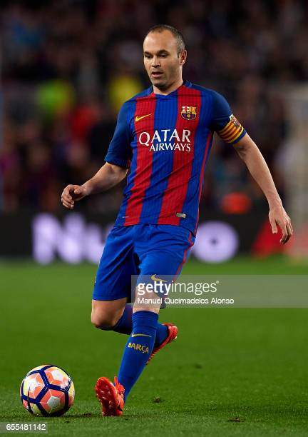 Andres Iniesta of Barcelona in action during the La Liga match between FC Barcelona and Valencia CF at Camp Nou Stadium on March 19 2017 in Barcelona...