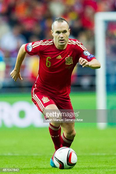 Andres Iniesta of spain controls the ball during the Spain v Slovakia EURO 2016 Qualifier at Carlos Tartiere on Sep 5 2015 in Oviedo SpainÊ