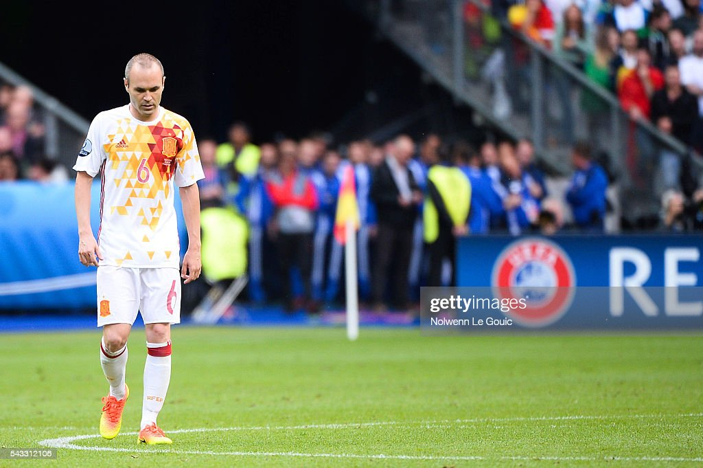 Andres Iniesta of Spain looks dejected during the European Championship match Round of 16 between Italy and Spain at Stade de France on June 27, 2016 in Paris, France.