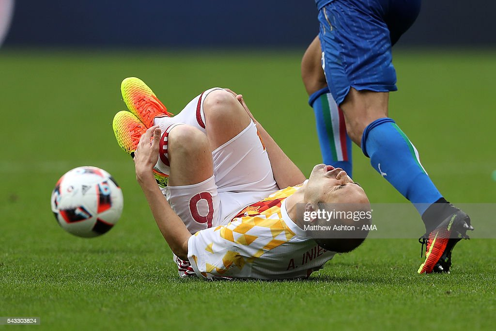 <a gi-track='captionPersonalityLinkClicked' href=/galleries/search?phrase=Andres+Iniesta&family=editorial&specificpeople=465707 ng-click='$event.stopPropagation()'>Andres Iniesta</a> of Spain reacts during the UEFA Euro 2016 Round of 16 match between Italy and Spain at Stade de France on June 27, 2016 in Paris, France.