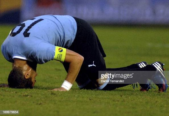 Andres Scotti of Uruguay reacts during a match between Uruguay and France as part of an International Friendly match at Centenario Stadium on June 05...