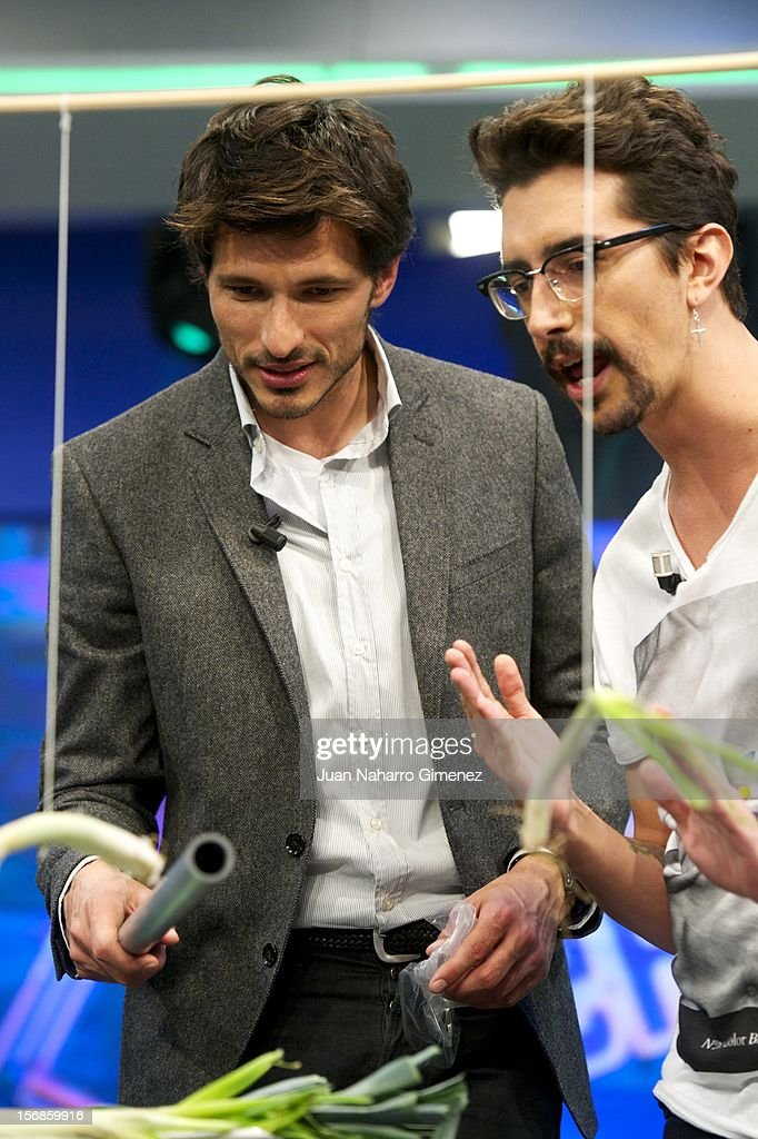 <a gi-track='captionPersonalityLinkClicked' href=/galleries/search?phrase=Andres+Velencoso&family=editorial&specificpeople=2089819 ng-click='$event.stopPropagation()'>Andres Velencoso</a> and Marron attend 'El Hormiguero' Tv show at Vertice Studio on November 22, 2012 in Madrid, Spain.