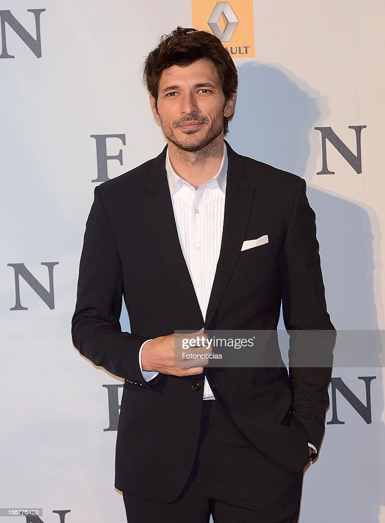 <a gi-track='captionPersonalityLinkClicked' href=/galleries/search?phrase=Andres+Velencoso&family=editorial&specificpeople=2089819 ng-click='$event.stopPropagation()'>Andres Velencoso</a> attends the premiere of 'Fin' at Callao Cinema on November 20, 2012 in Madrid, Spain.